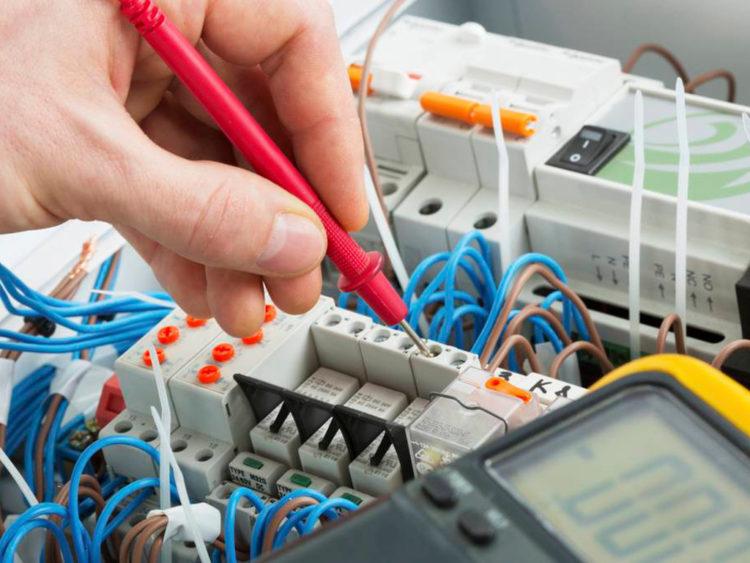 eletrotécnico o que é